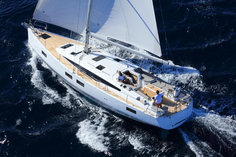 Navalia - Imbarcazione Jeanneau 51 3