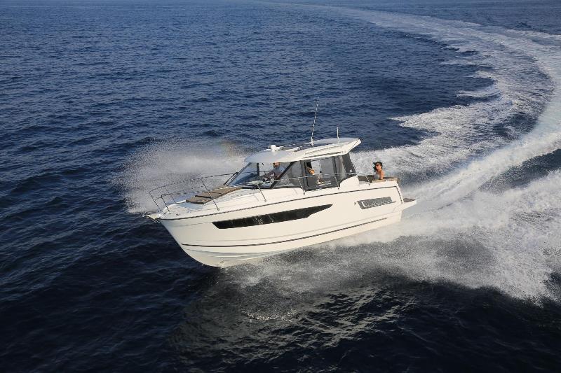 Navalia - Imbarcazione Merry Fisher 895 2