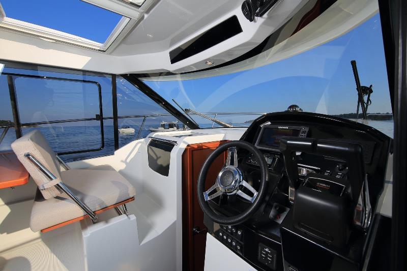 Navalia - Imbarcazione Merry Fisher 895 5