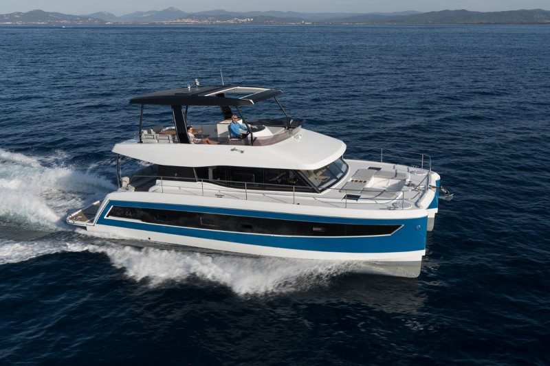 Navalia - Imbarcazione M/Y 44 Fountaine Pajot 2