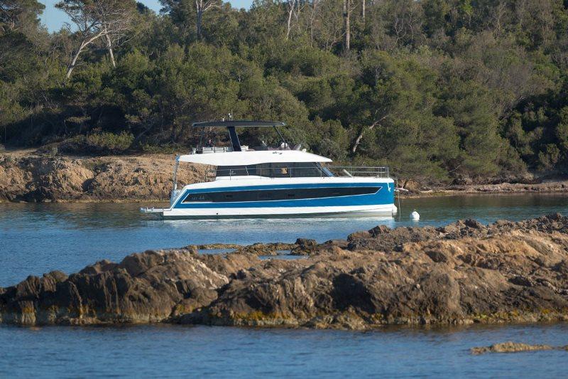 Navalia - Imbarcazione M/Y 44 Fountaine Pajot 3