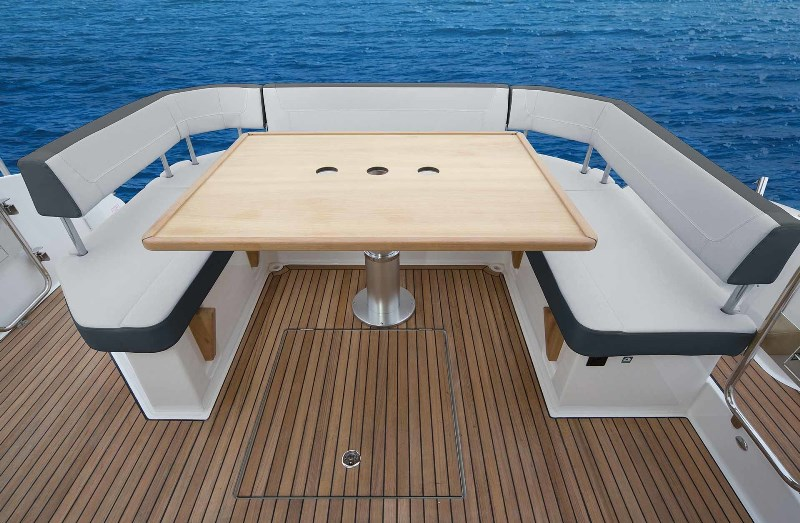 Navalia - Imbarcazione Bavaria S40 Open 4