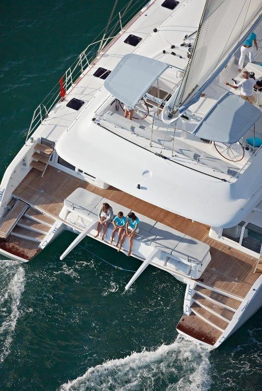 Navalia - Imbarcazione Lagoon 620 in Corsica 4