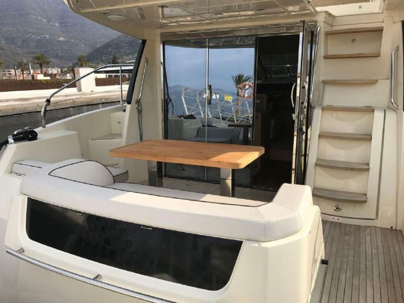 Navalia - Imbarcazione Monte Carlo 5 Fly 5
