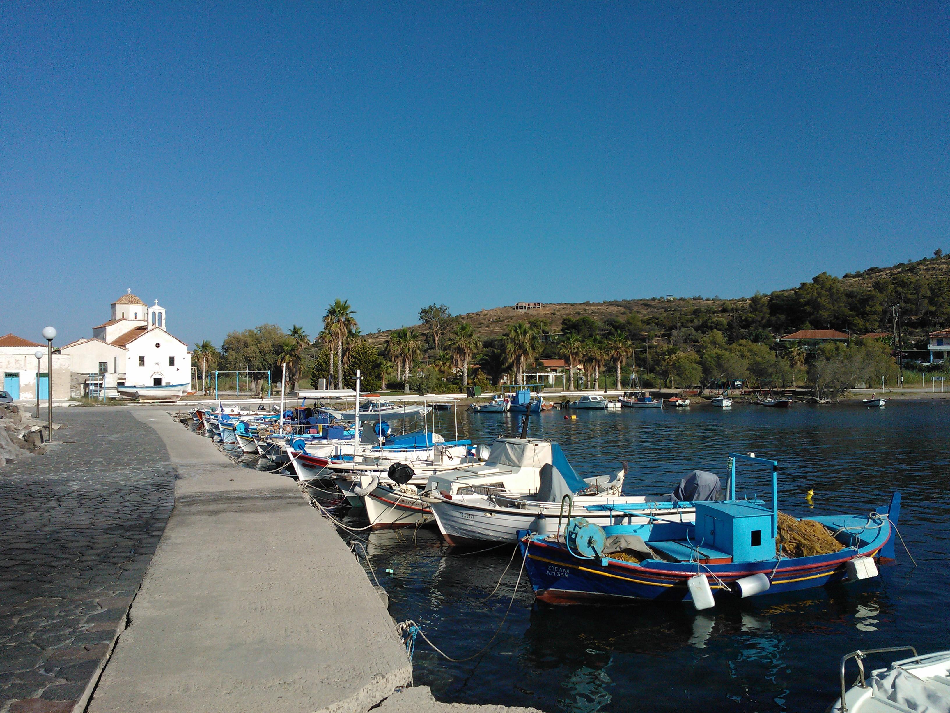 Noleggio Barche Agios Kosmas Marina - Navalia | Noleggia un Sogno