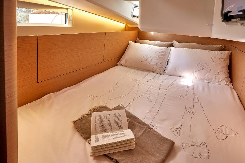 Navalia - Imbarcazione Sun Odyssey 410 11