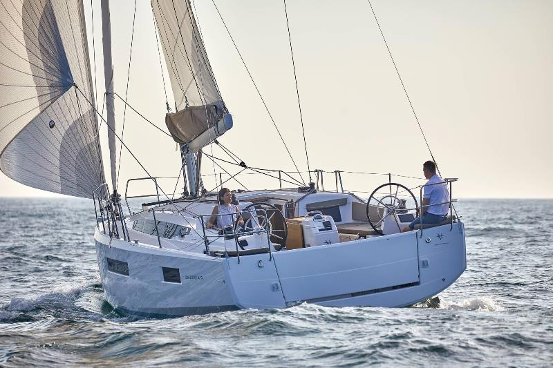 Navalia - Imbarcazione Sun Odyssey 410 2