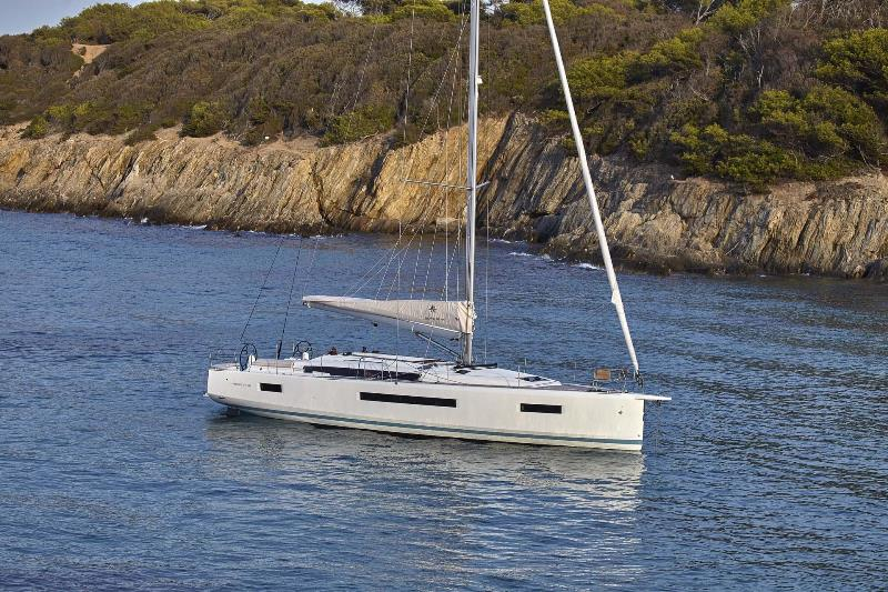 Navalia - Imbarcazione Sun Odyssey 490 2