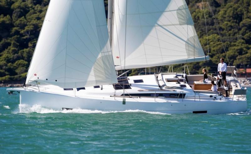 Navalia - Imbarcazione Dufour 430 GL 1