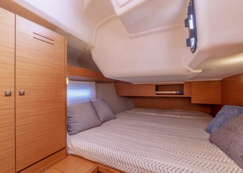 Navalia - Imbarcazione Dufour 430 GL 11