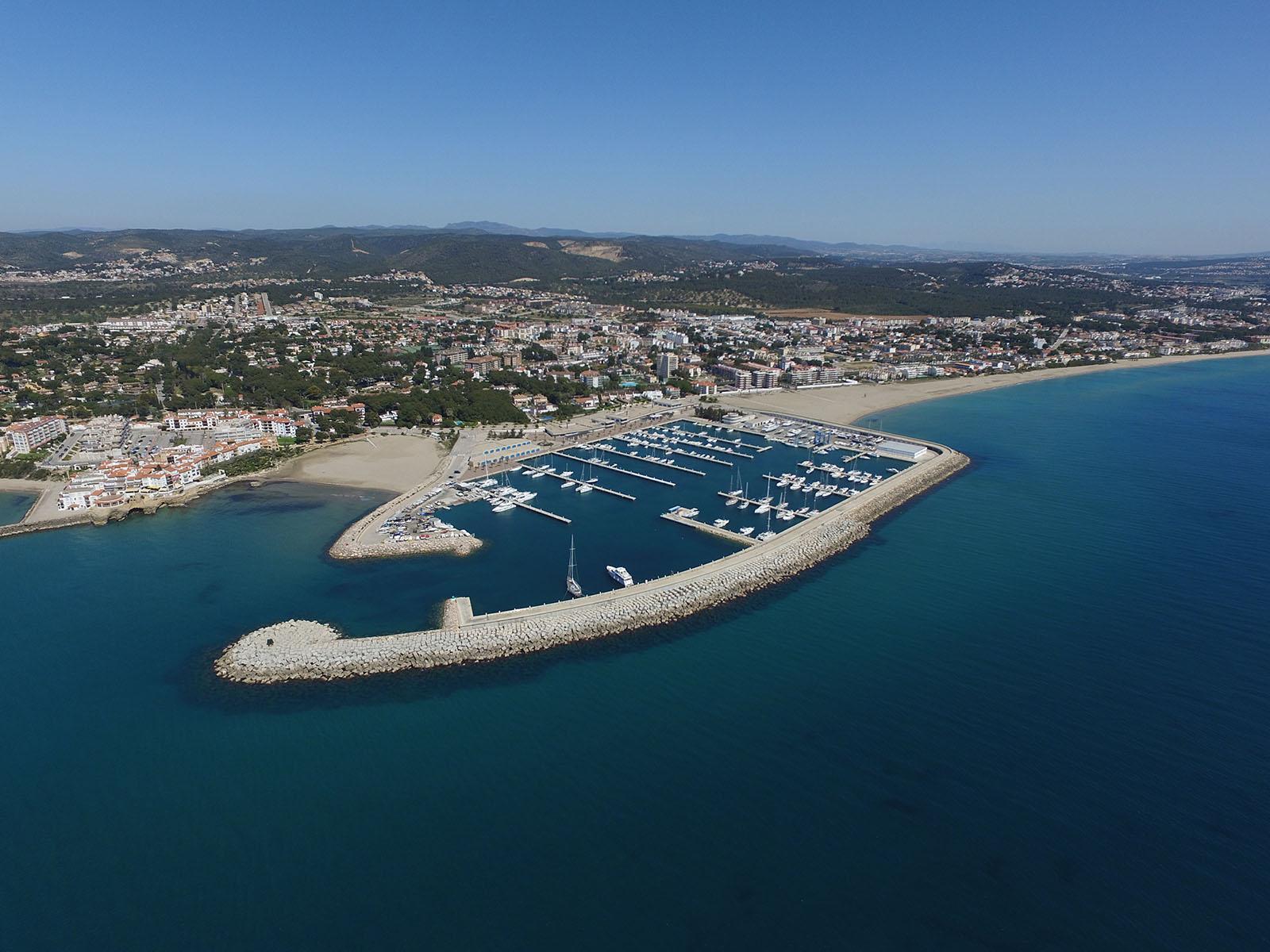 Noleggio Barche Marina Roda de Barà - Navalia | Noleggia un Sogno