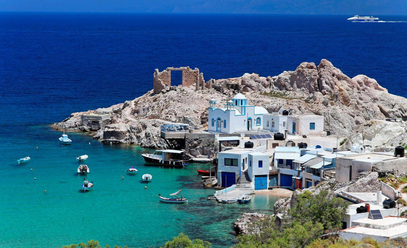 Noleggio Barche Milos - Navalia | Noleggia un Sogno