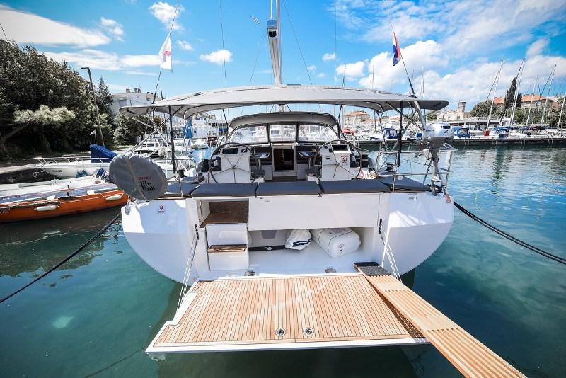 Navalia - Imbarcazione Bavaria C50 Style 4