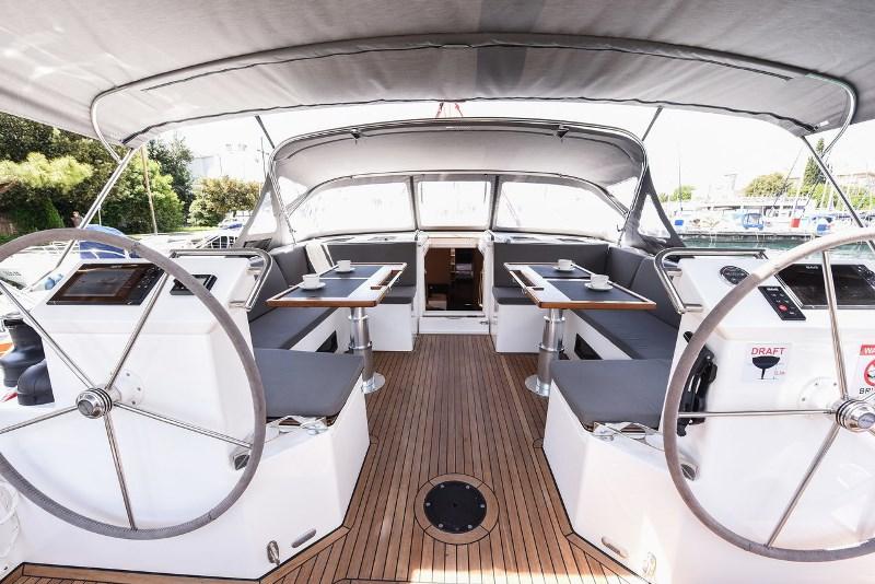 Navalia - Imbarcazione Bavaria C50 Style 5