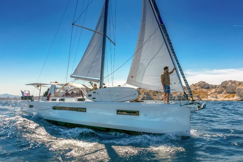 Navalia - Imbarcazione Sun Loft 47 2