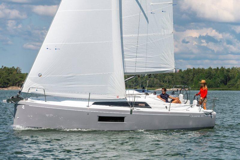 Navalia - Imbarcazione Oceanis 30.1 1