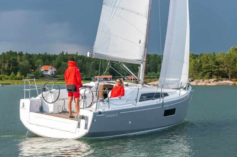 Navalia - Imbarcazione Oceanis 30.1 2