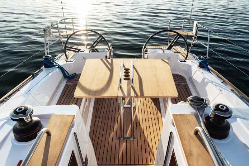 Navalia - Imbarcazione Elan Impression 40.1 – 3 cab. 5