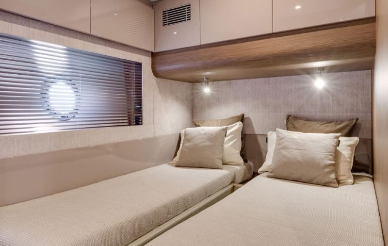 Navalia - Imbarcazione Gran Turismo 50 Sportfly 11