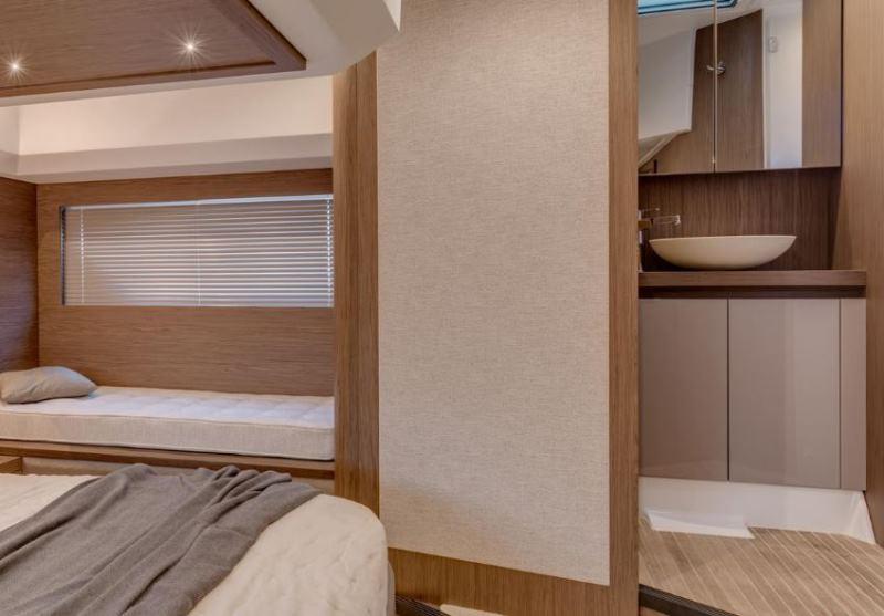 Navalia - Imbarcazione Gran Turismo 50 Sportfly 12