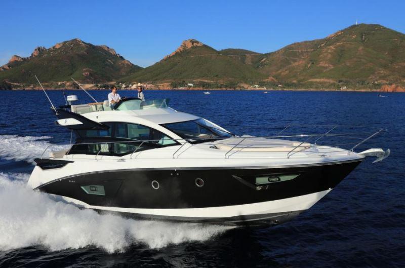 Navalia - Imbarcazione Gran Turismo 50 Sportfly 2
