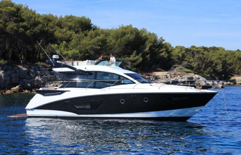 Navalia - Imbarcazione Gran Turismo 50 Sportfly 3