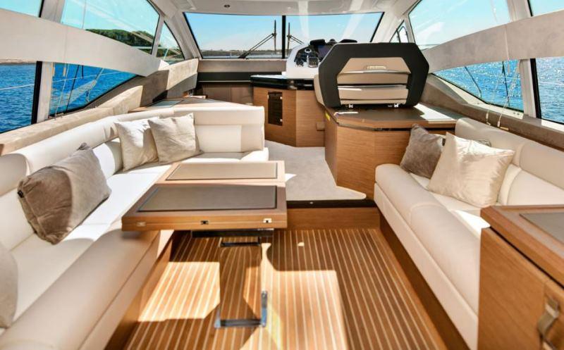 Navalia - Imbarcazione Gran Turismo 50 Sportfly 7