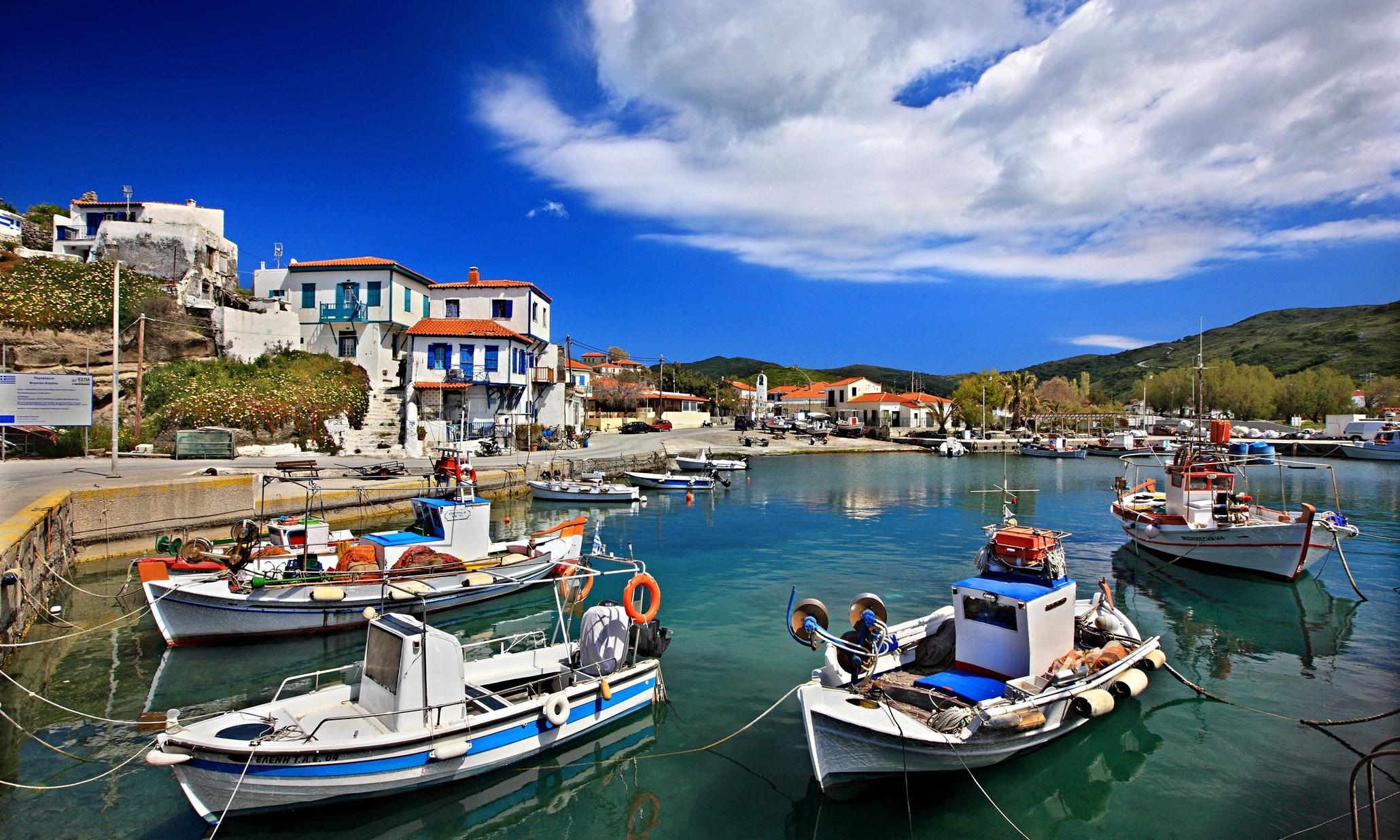 Noleggio Barche Isola di Agios Eustratios - Navalia | Noleggia un Sogno