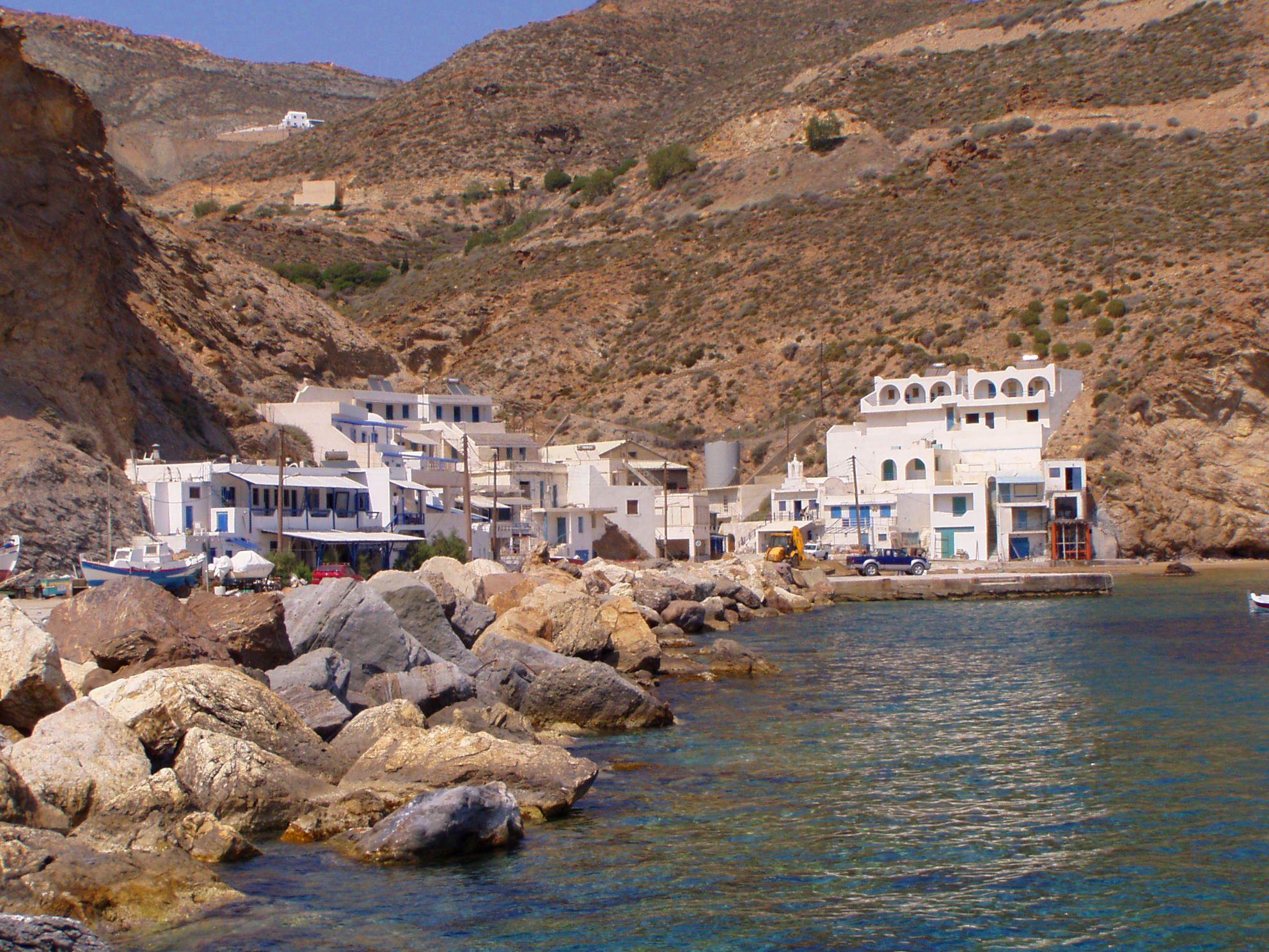 Noleggio Barche Isola di Anafi - Navalia | Noleggia un Sogno