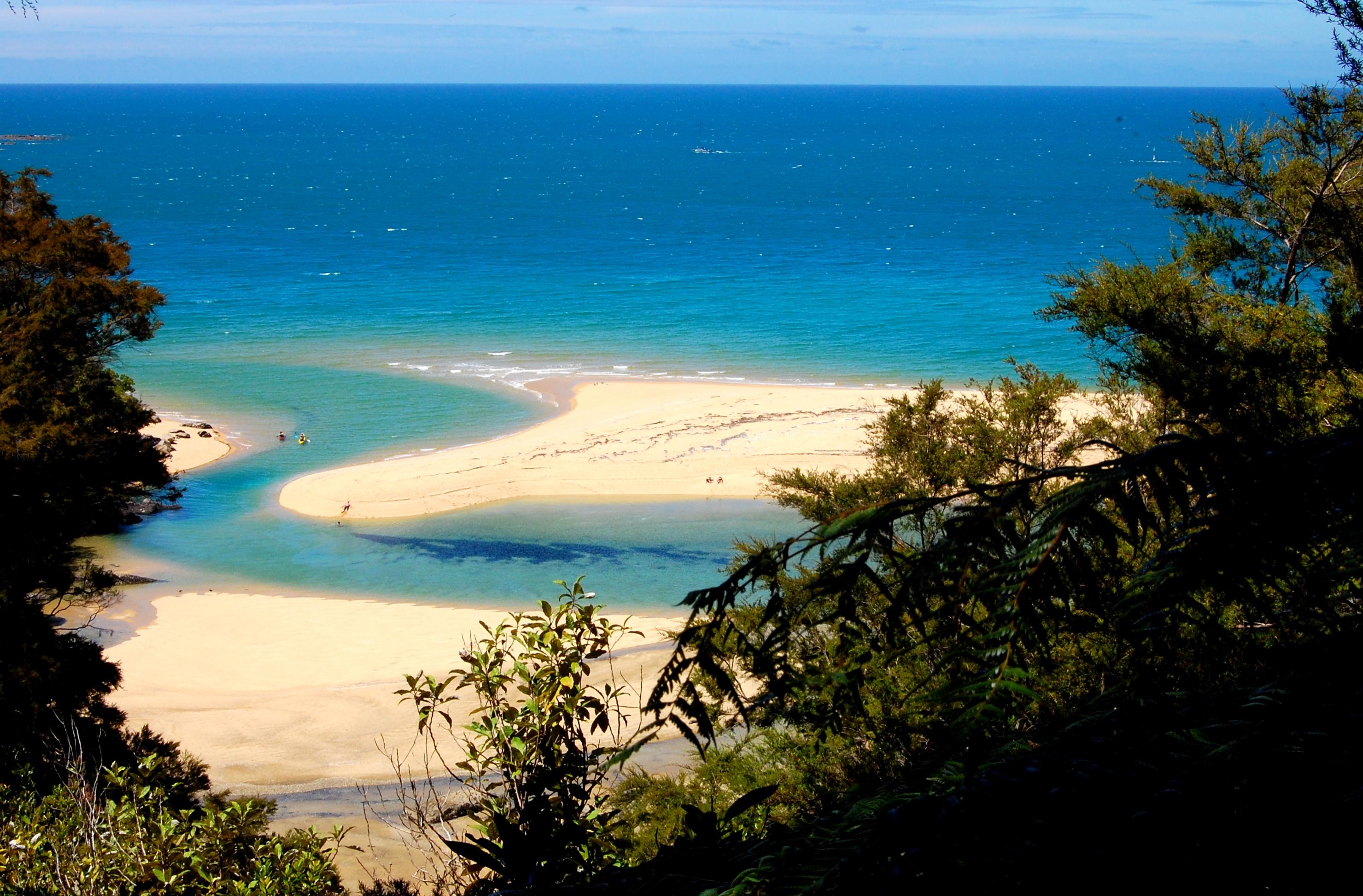 Noleggio Barche Bay of Island - Navalia | Noleggia un Sogno