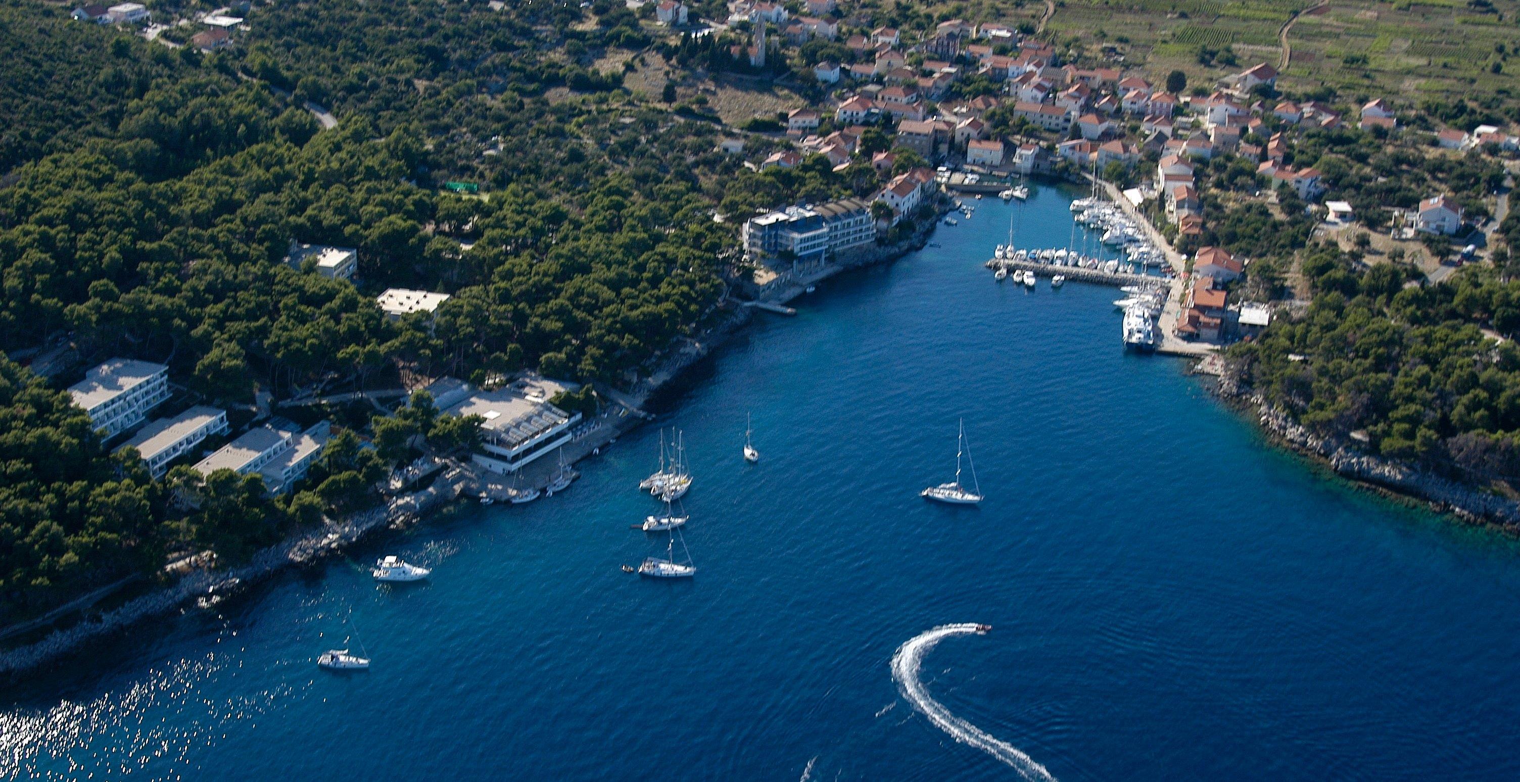 Noleggio Barche Bozava –  Isola di Dugi Otok - Navalia   Noleggia un Sogno