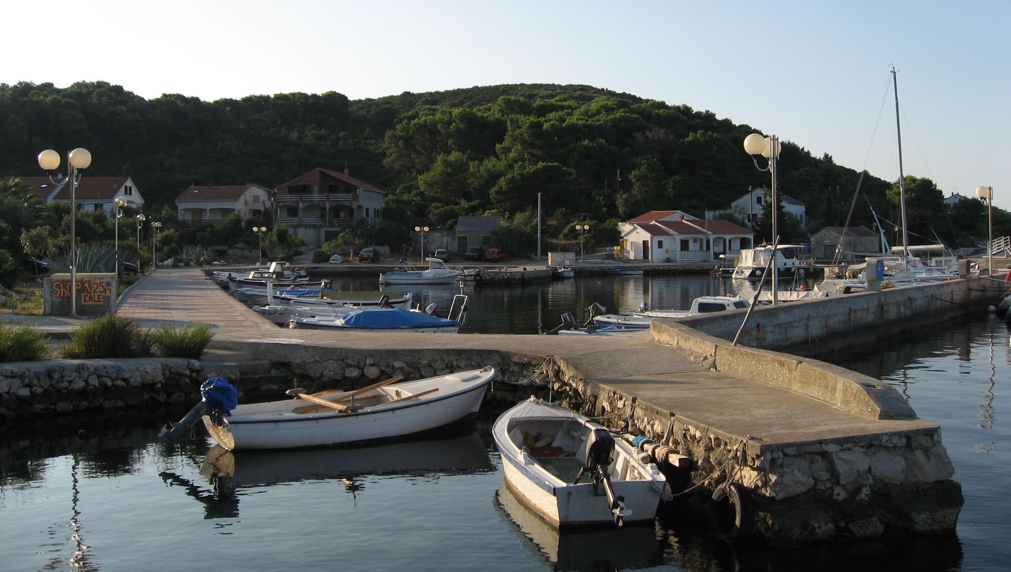 Noleggio Barche Brgulje – Isola di Molat - Navalia | Noleggia un Sogno
