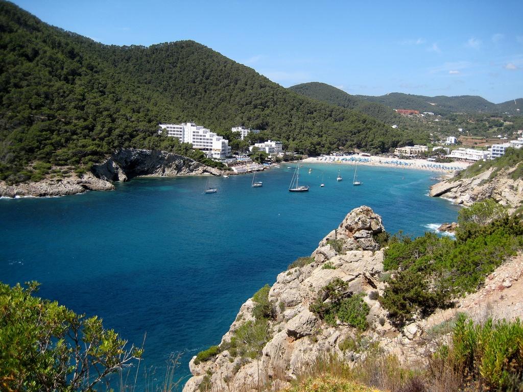 Noleggio Barche Cala Llonga  – Isola di Ibiza - Navalia | Noleggia un Sogno