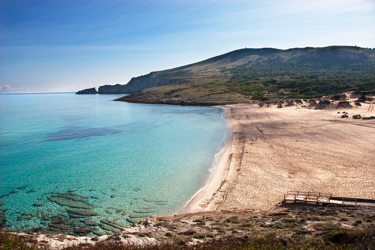 Noleggio Barche Cala Mesquida – Isola di Minorca - Navalia   Noleggia un Sogno