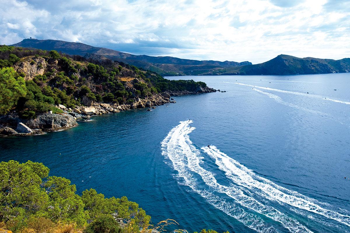 Noleggio Barche Cala Montjoi - Navalia | Noleggia un Sogno
