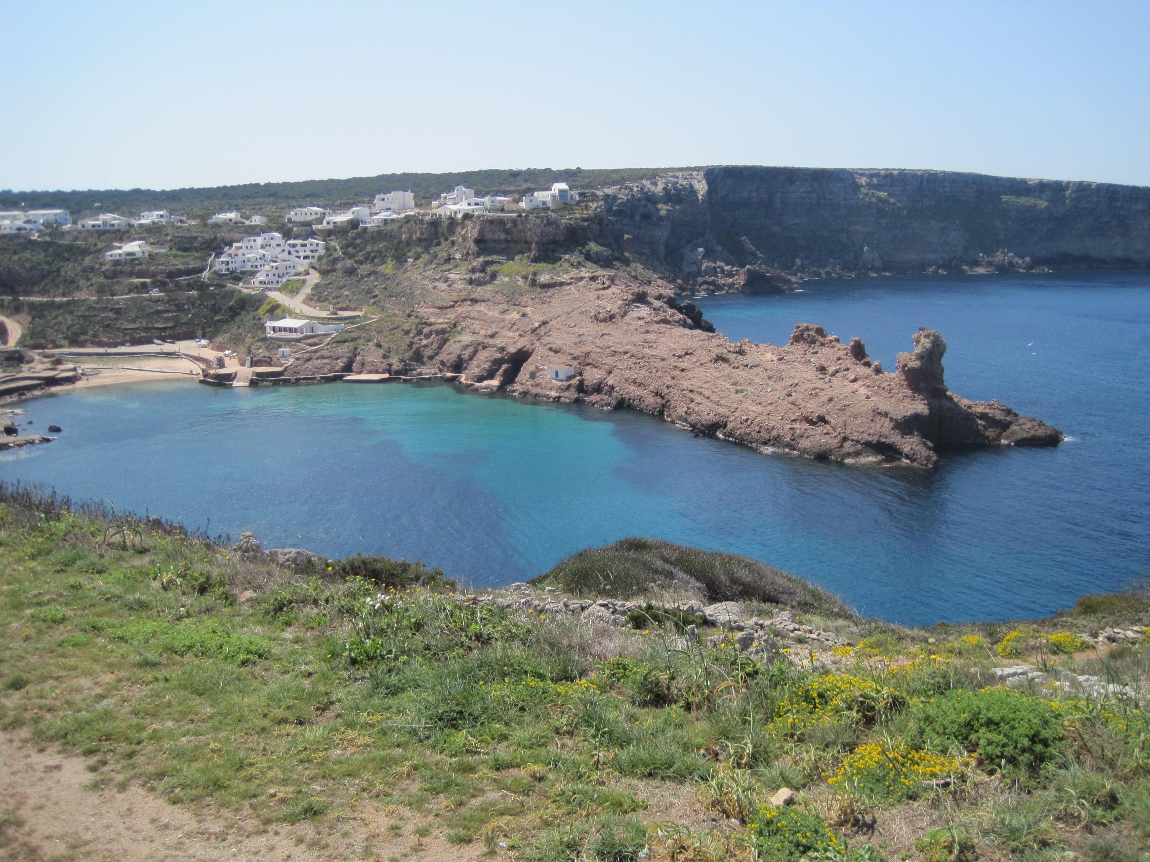 Noleggio Barche Cala Morell – Isola di Minorca - Navalia | Noleggia un Sogno