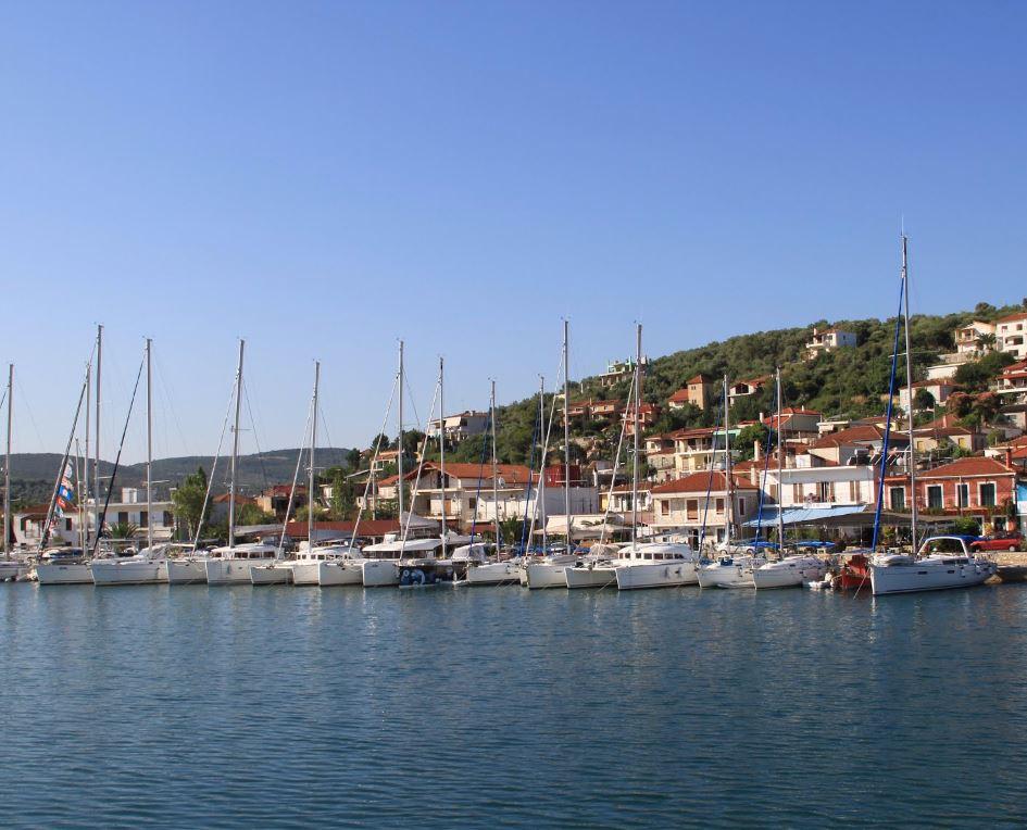 Noleggio Barche Achilleion - Navalia | Noleggia un Sogno