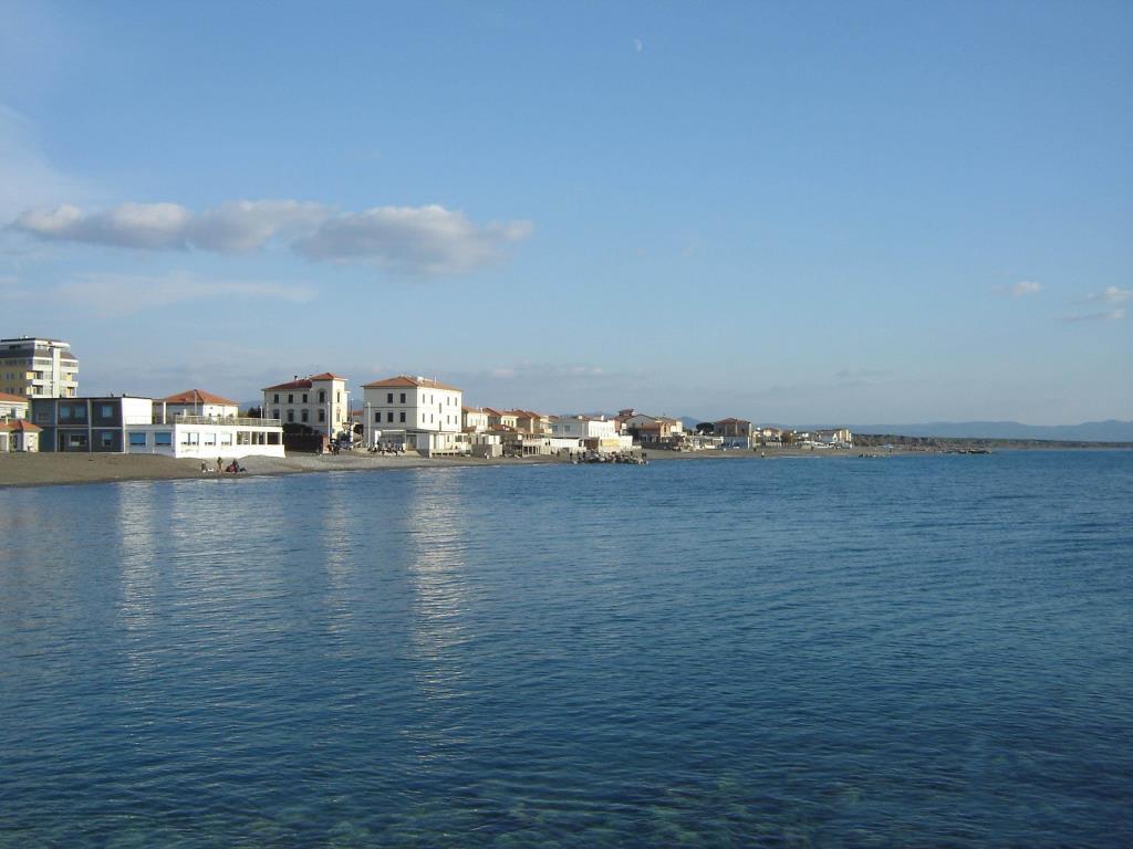 Noleggio Barche Cecina - Navalia | Noleggia un Sogno