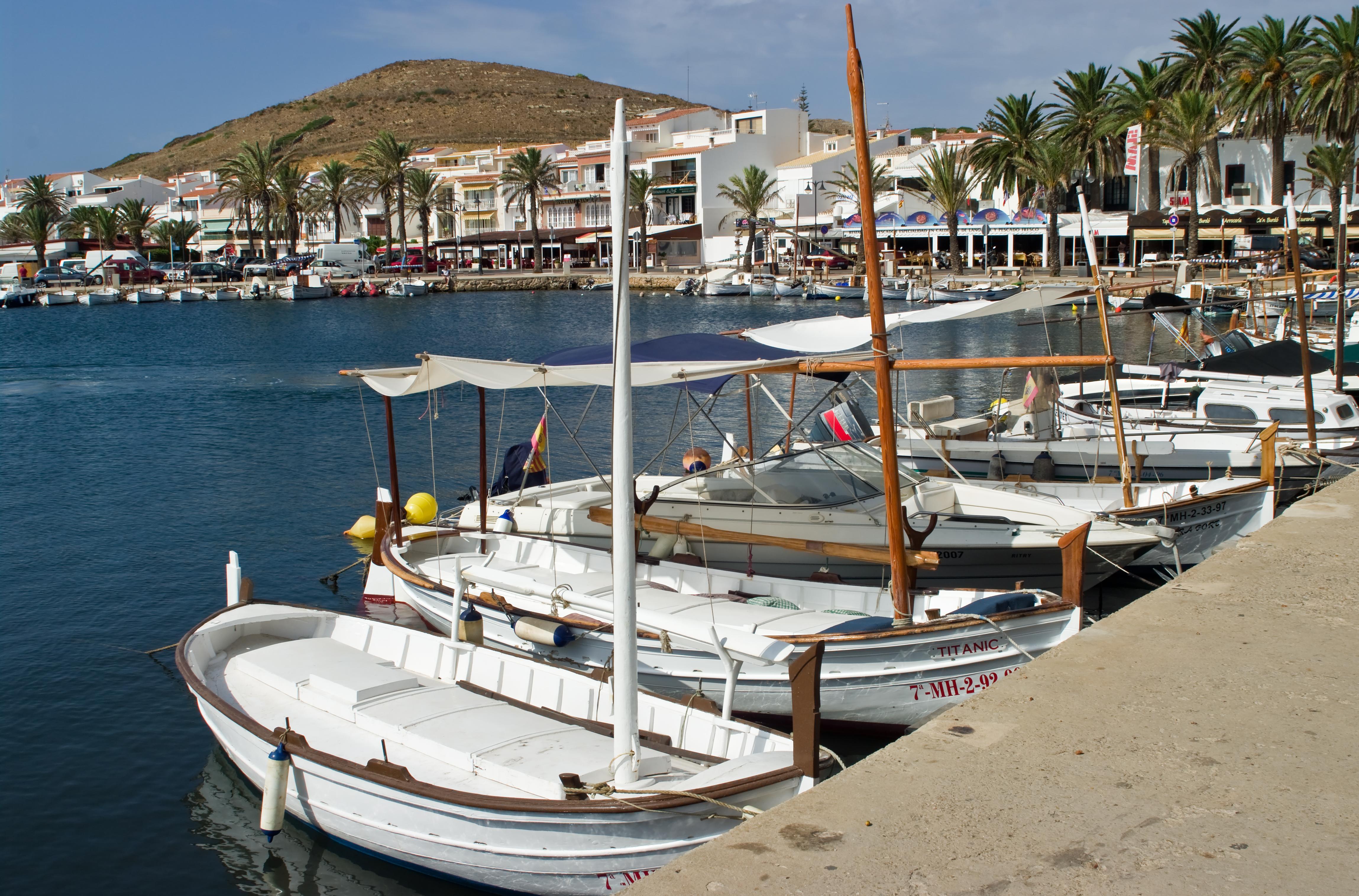 Noleggio Barche Fornells – Isola di Minorca - Navalia | Noleggia un Sogno