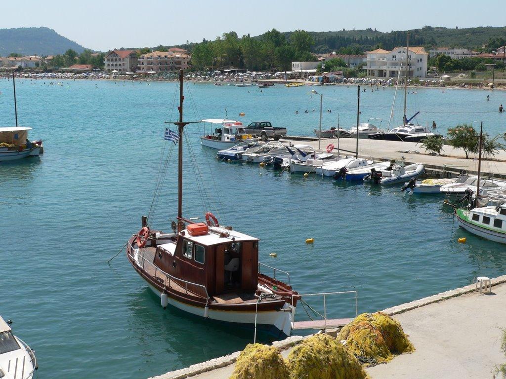 Noleggio Barche Isola di Gaidaros - Navalia | Noleggia un Sogno