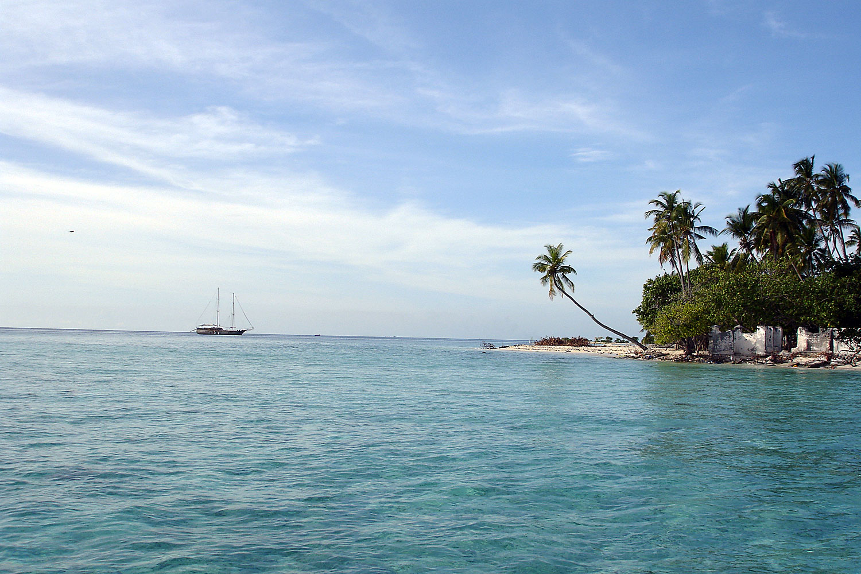 Noleggio Barche Gulhi Island - Navalia | Noleggia un Sogno