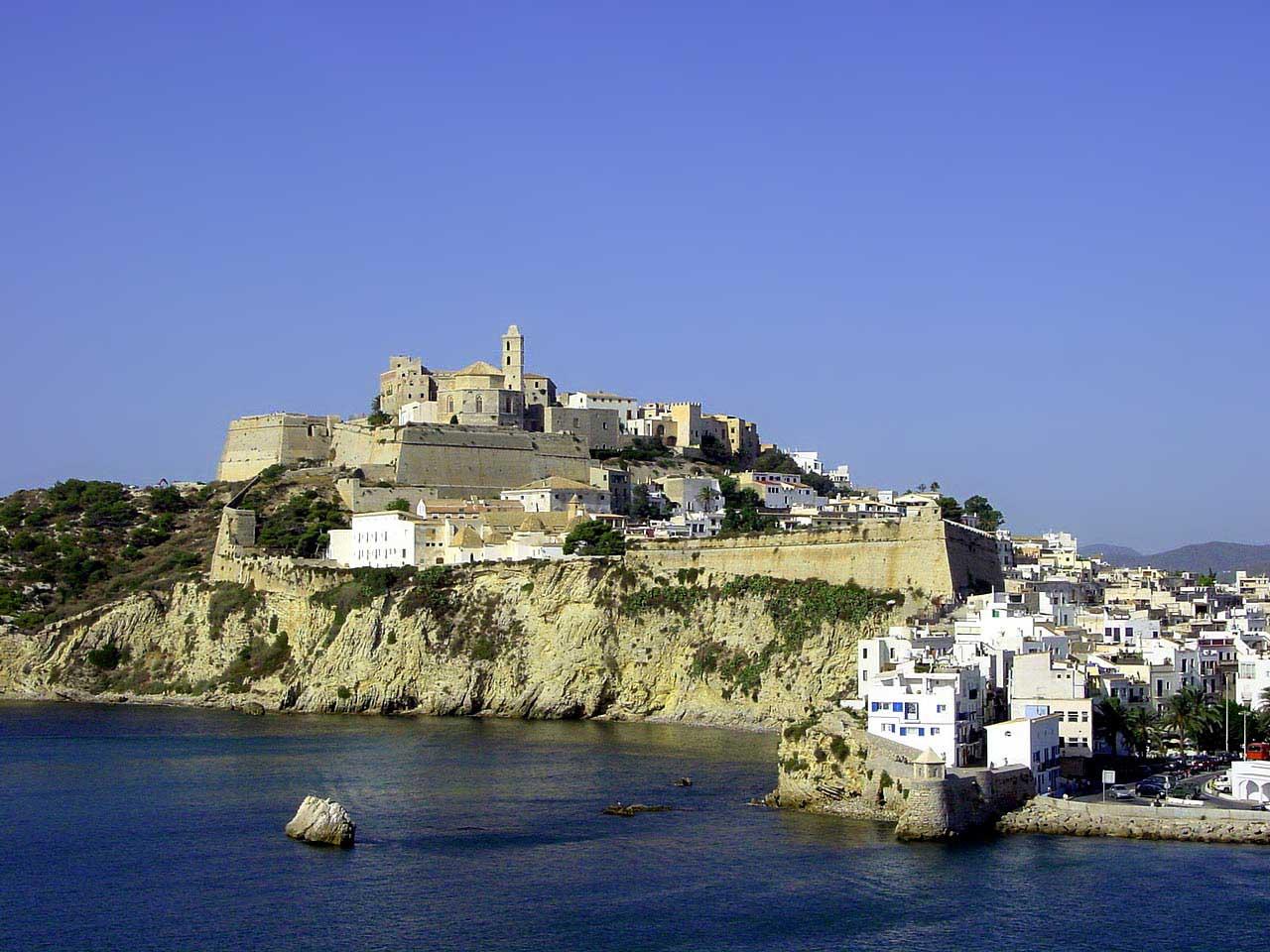 Noleggio Barche Ibiza - Navalia | Noleggia un Sogno