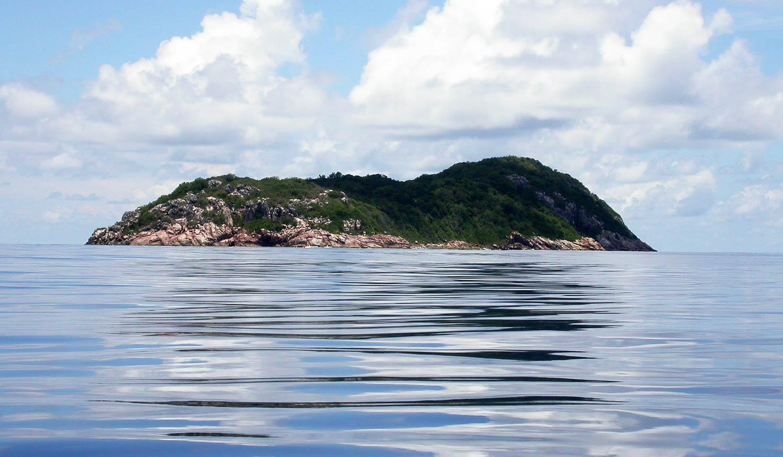 Noleggio Barche Ile Aride - Navalia   Noleggia un Sogno