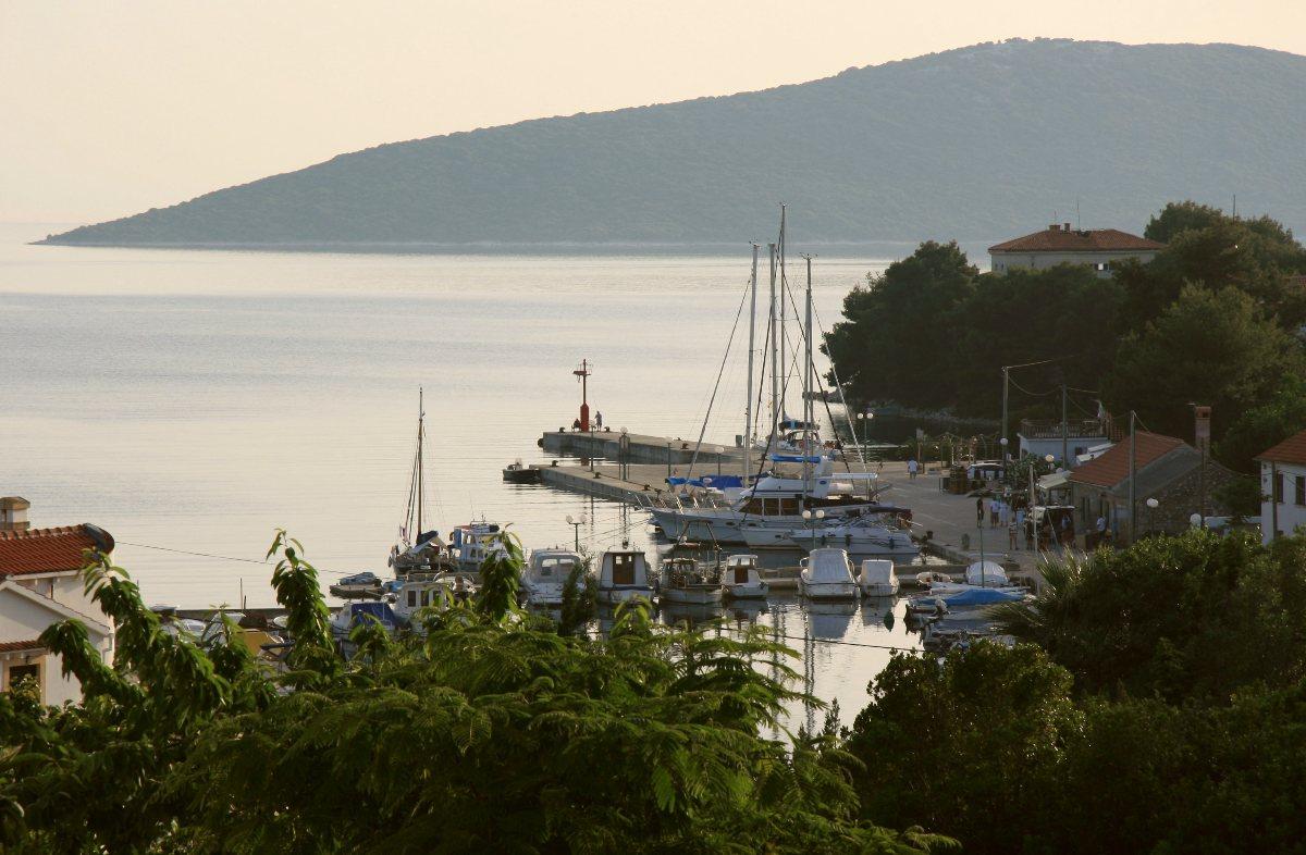 Noleggio Barche Isola di Molat - Navalia | Noleggia un Sogno