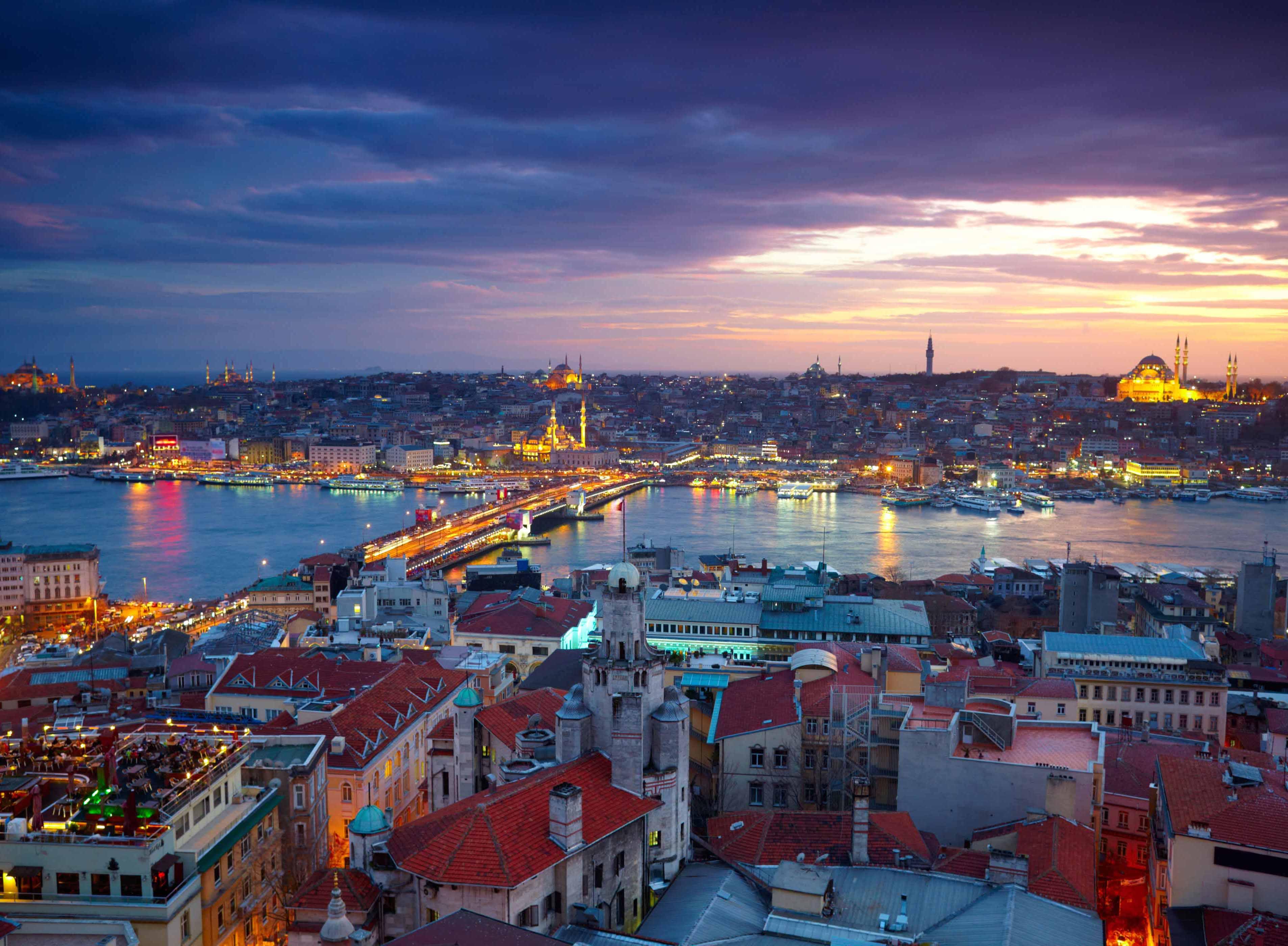 Noleggio Barche Istanbul - Navalia | Noleggia un Sogno