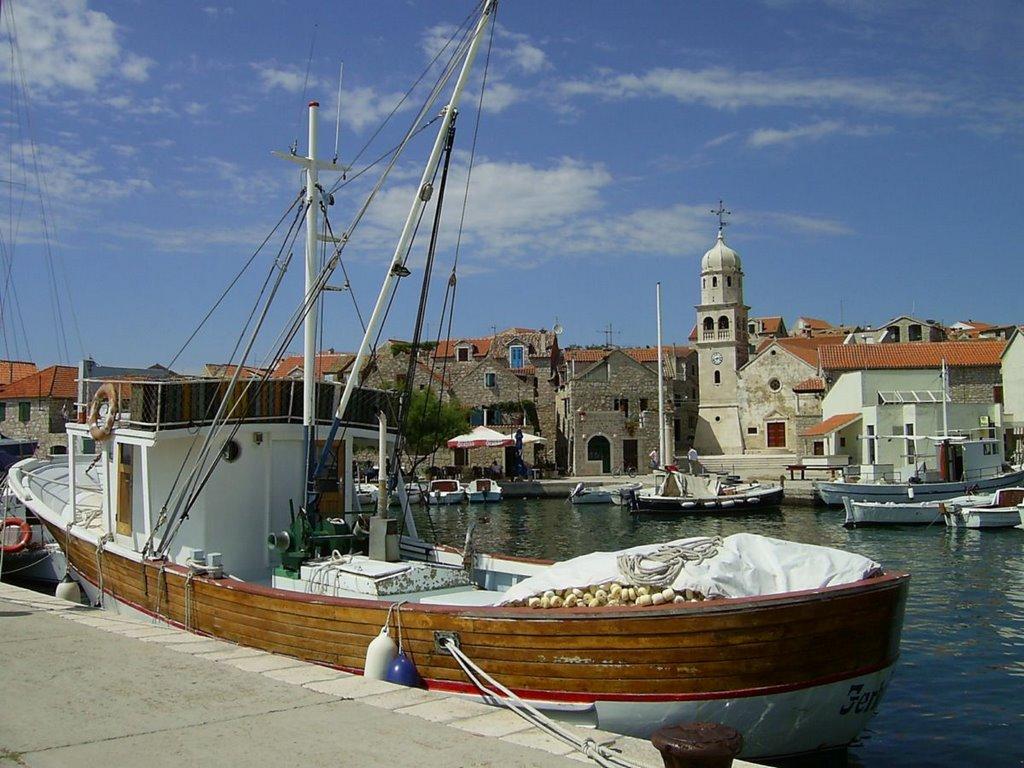 Noleggio Barche Kakan – Isola di Kaprije - Navalia | Noleggia un Sogno