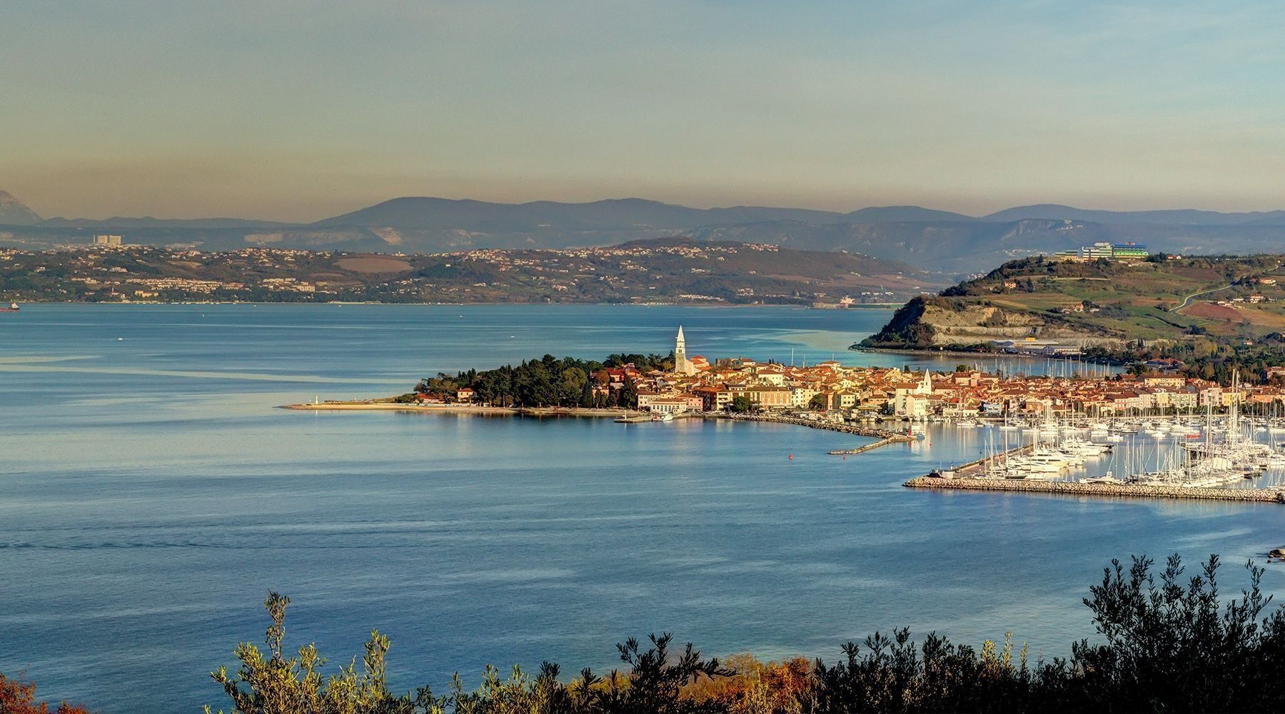 Noleggio Barche Koper - Navalia | Noleggia un Sogno