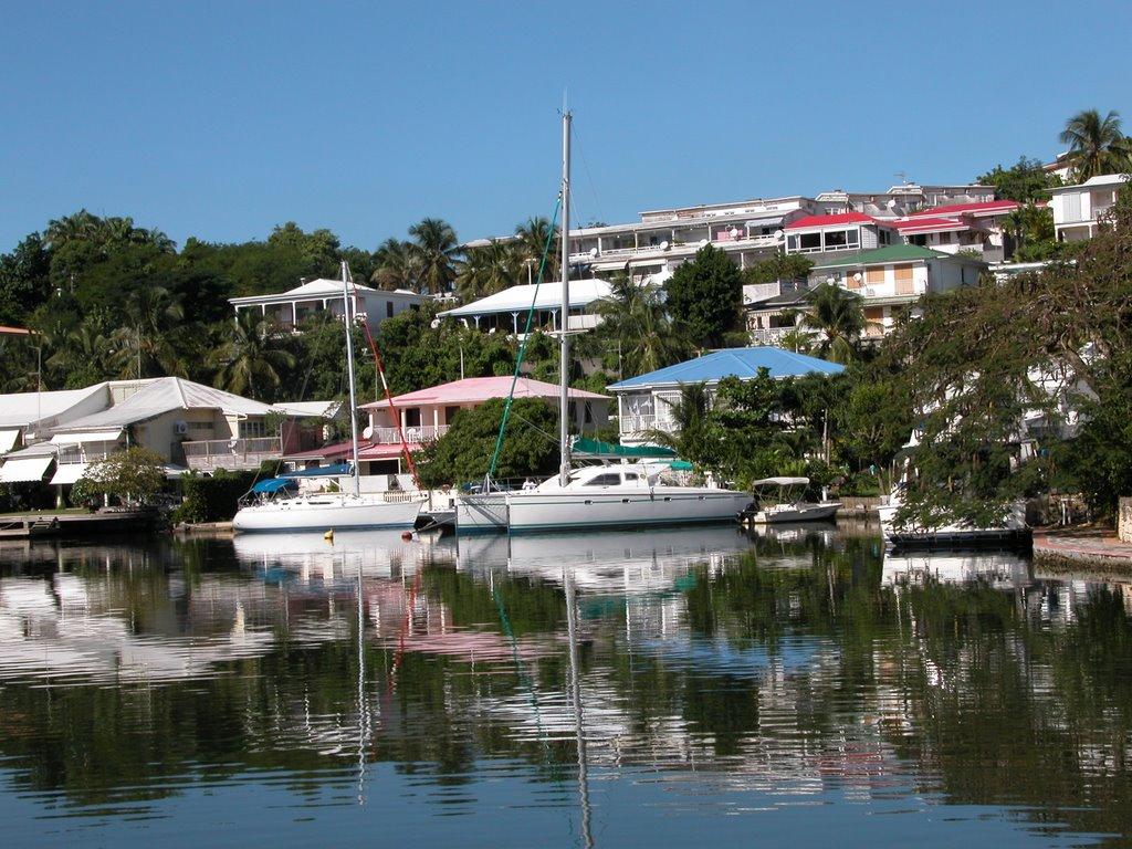 Noleggio Barche Marina Bas du Fort - Navalia | Noleggia un Sogno