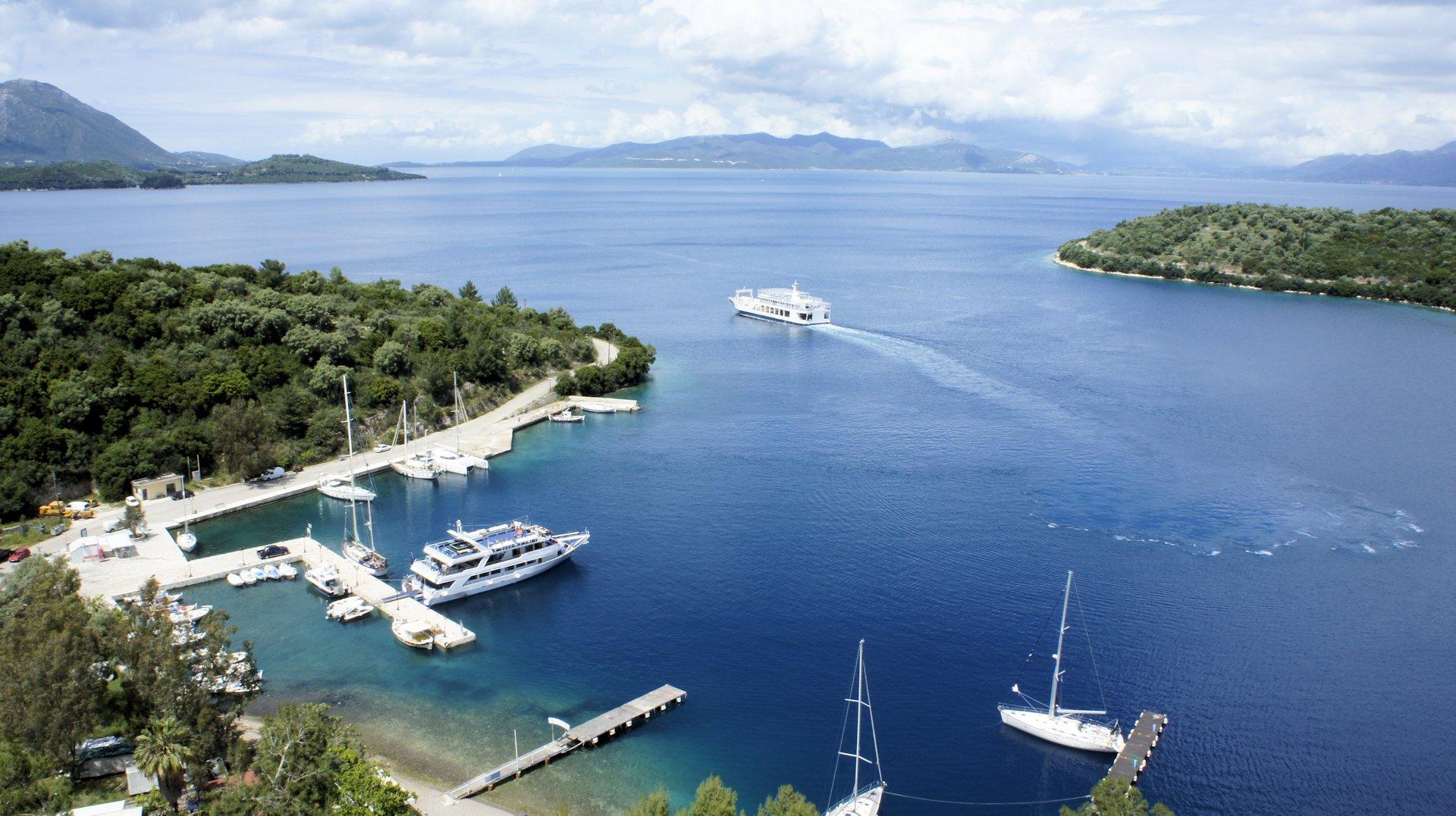 Noleggio Barche Isola di Meganissi - Navalia | Noleggia un Sogno