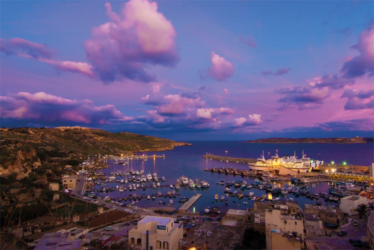 Noleggio Barche Mgarr – Isola di Gozo - Navalia | Noleggia un Sogno